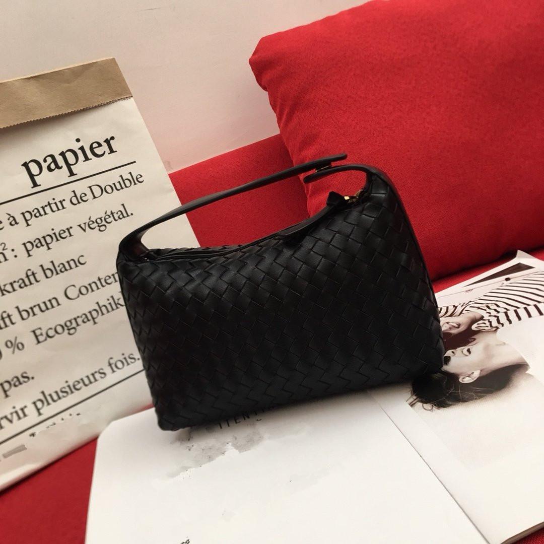 Simple femmes Tempérament élégant sac dames de mode Totes Véritable Sac bandoulière en cuir femmes Weave Designer Sacs de luxe de haute qualité Top