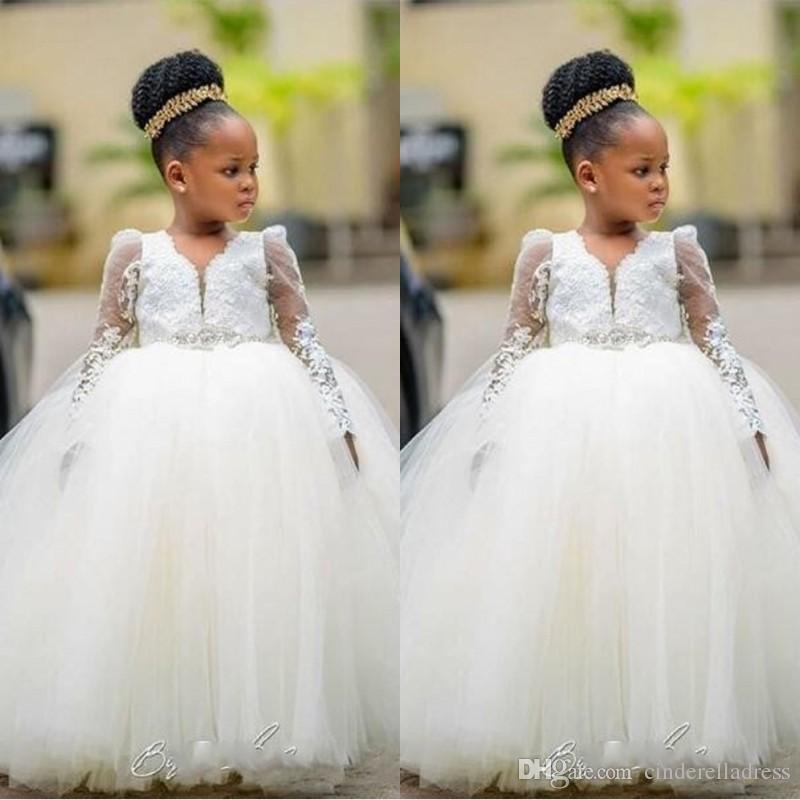 2020 Branco Tulle vestido de baile Vestidos menina menina longa da luva Pouco Pageant Dresses com Beads Princesa vestido da menina flor Para Kid casamento