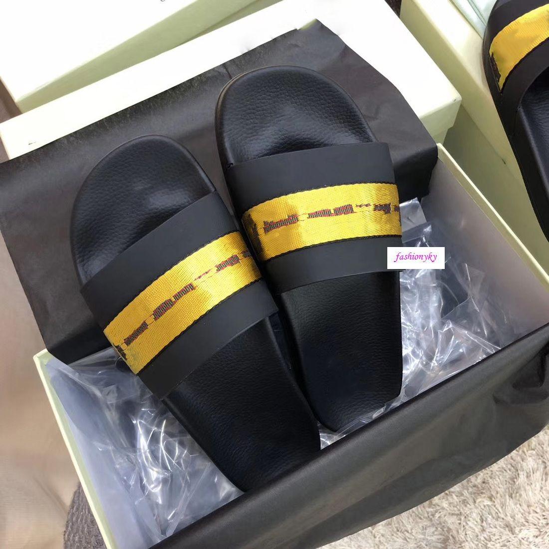 Stilista di moda le scarpe casual spiaggia coperta pantofole scarpe Sweethearts stampa bianchi