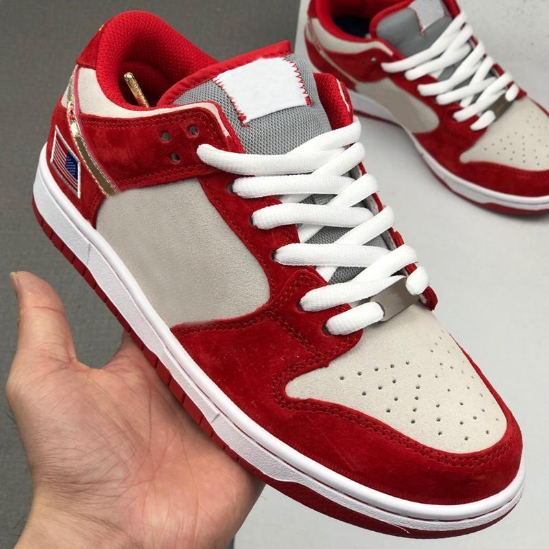 2020 nouvelles femmes SB Dunk Low garçons méchants Designer Skateboard Chaussures de sport de sport Drapeau américain Chaussures de course Rouge Gris Formateurs des Chaussures