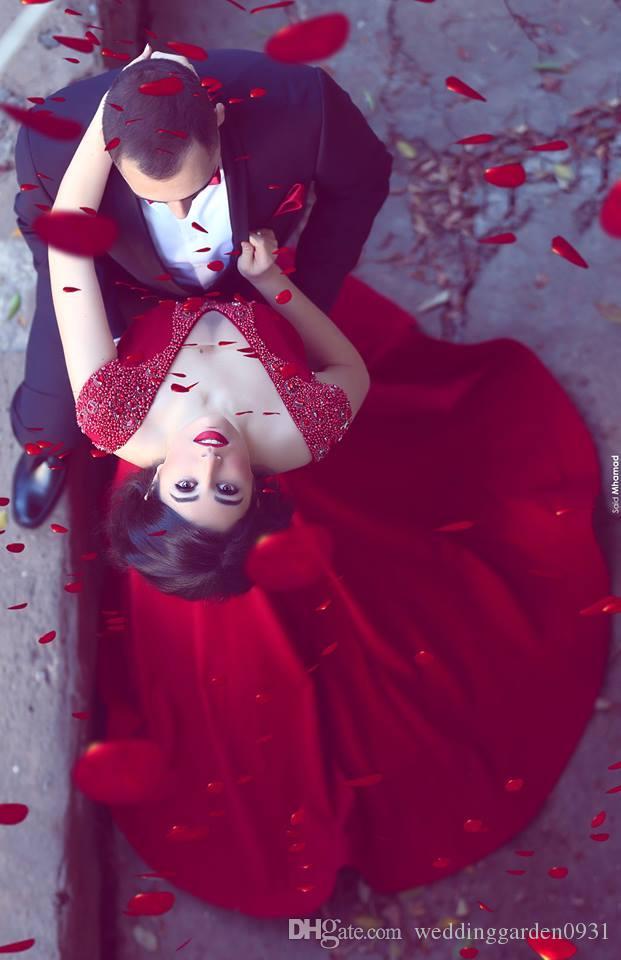Disse Mhamad Longo Vermelho Sereia Vestidos de Baile 2019 Nova Chegada Sexy V Neck Beads Cristais Cap Mangas Tribunal Trem Vestidos de Desgaste da Noite Personalizado