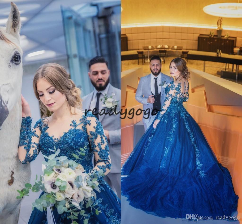 Pizzo applique principessa cerimonia nuziale blu con maniche lunghe 2020 Sheer O-Neck sweep treno Abiti da giardino Plus Size sposa Reception