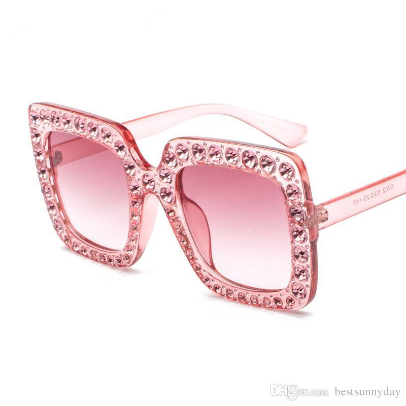 Mode Platz Sonnenbrille Frauen Italien Designer Diamant Sonnenbrille Damen Vintage Übergroße Farbtöne Weibliche Goggle Eyewear 5702