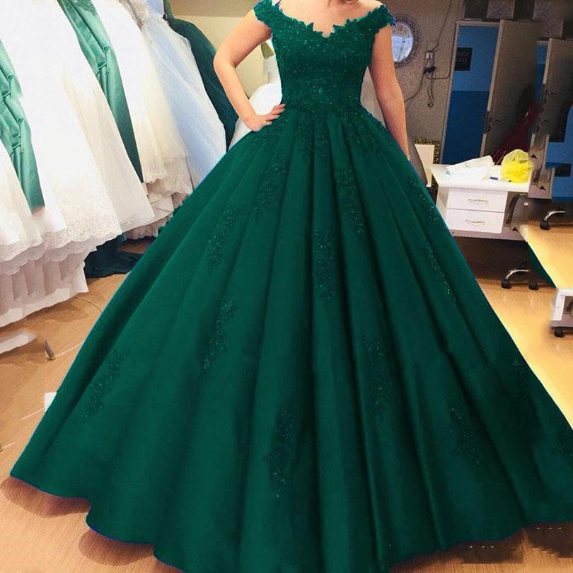Dark Green Off Shoulder Lace Ball Gown Quinceanera Dresses Beaded Appliques Sweep Train Formal Dress Evening Party Gowns Vestidos