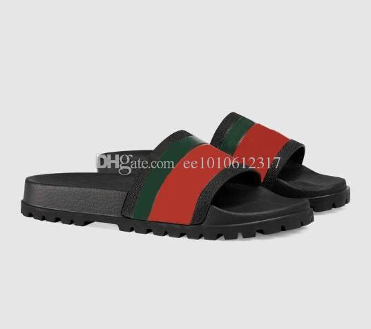 2020 Designer Hommes Femmes Sandales Luxe Mode d'été Sandales de pointe Slipper avec la boîte rouge vert Stripes caoutchouc Flip Flop 35-45