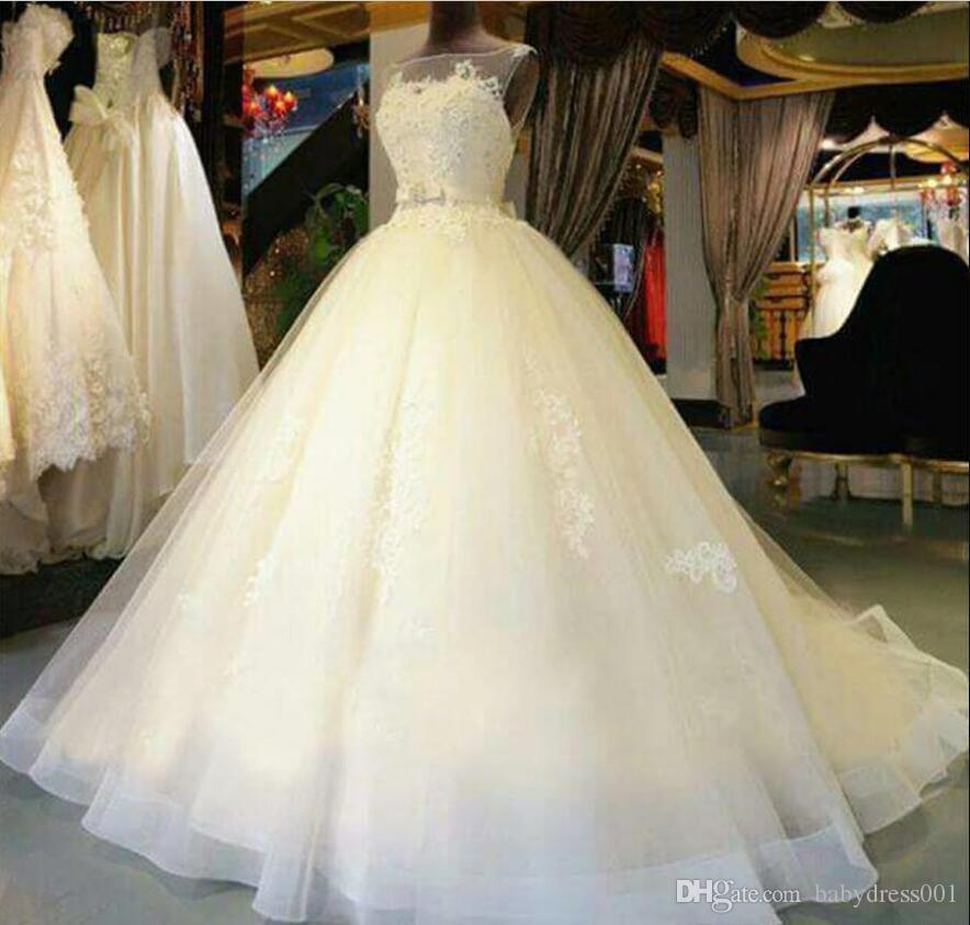 2019 Bonita A linha de vestidos de casamento sem mangas Tulle pura ilusão decote apliques elegnat vestidos de noiva Custom Made Tribunal Trem