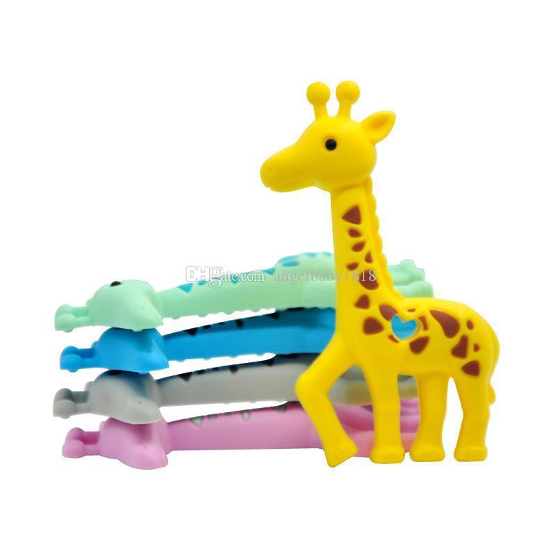 Nouvelle girafe anneau de dentition en silicone à mâcher pendentif Sika Deer jouet de dentition bébé sensoriel à mâcher collier de soins infirmiers sans BPA Safe Safe Infant Teethers