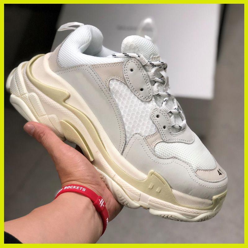 Дешевые дизайнерские кроссовки женщины мужчины париж Кристалл Bottom Тройной 17FW Роскошные папа обувь Vintage Старый дед Trainer белый серый