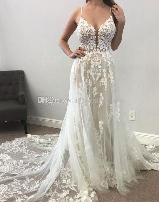 Beach A Line Wedding Dresses Illusion Tulle Backless Lace Appliqued Bridal Gowns Plunging V Neck Boho Wedding Dress