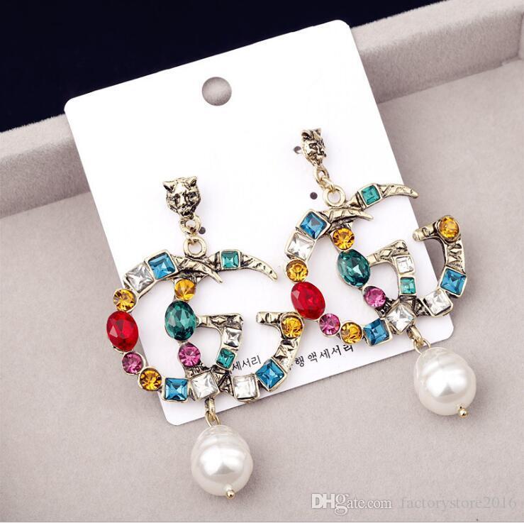 Pendientes de diseño famosos con perlas de cristal Pendientes largos grandes Joyas para mujeres Rojo Verde Blanco Amarillo Colorido Regalo de piedra