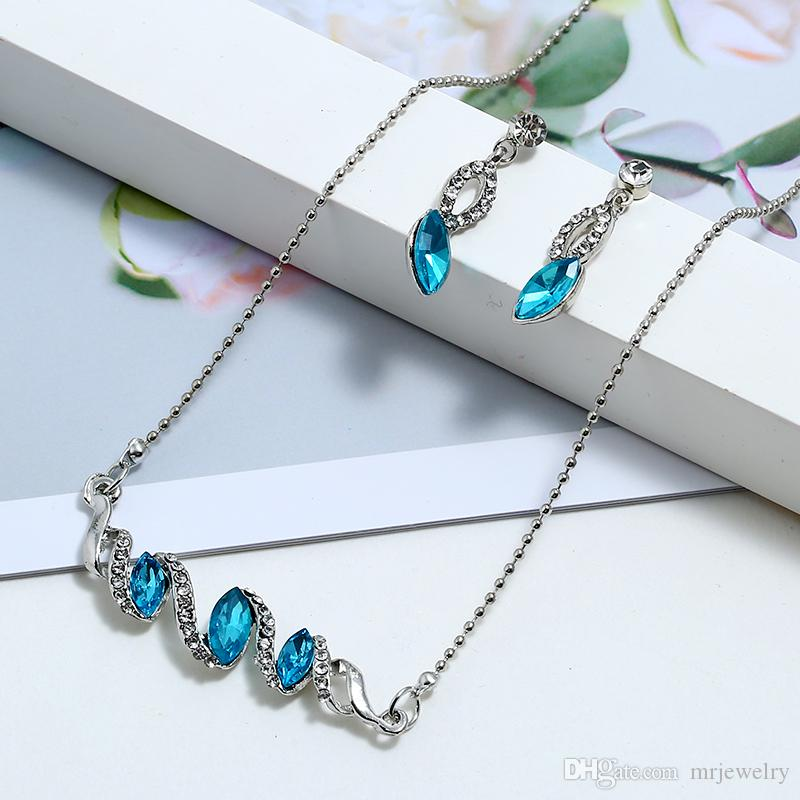 Fashion Bead Chain Simple Inlay Rhinestone Spiral Crystal Leaf Pendant Necklace Earrings Set For Charm Women