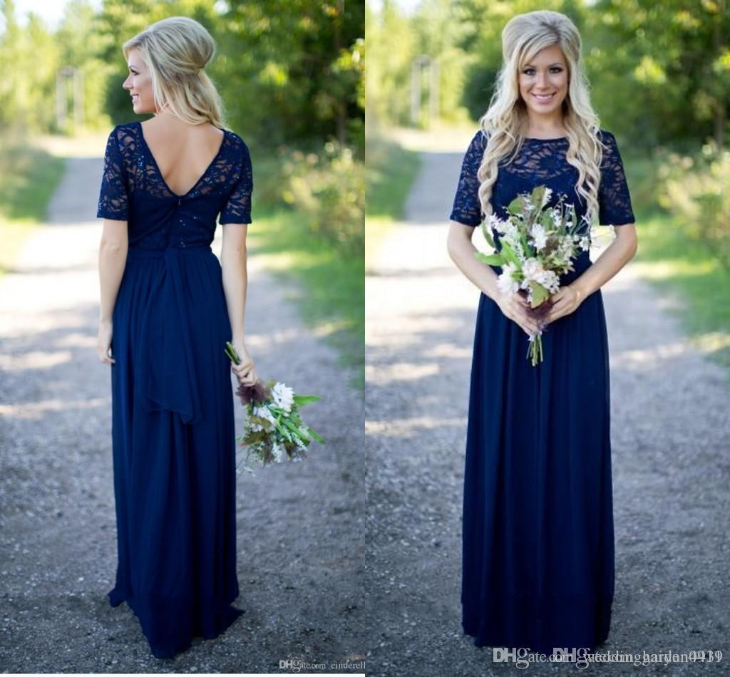 Nuevo y elegante país Vestidos de dama de honor Largo largo para bodas Azul marino Gasa Manga corta Ilusión Encaje Granos Piso Longitud Maid Custom