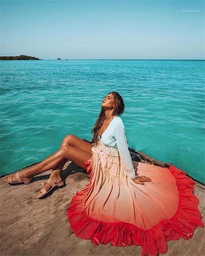 لون طويل الأكمام اللباس مثير الخامس الرقبة فساتين الشاطئ المرأة ملابس النساء مصمم فساتين البوهيمي الأزياء التدرج