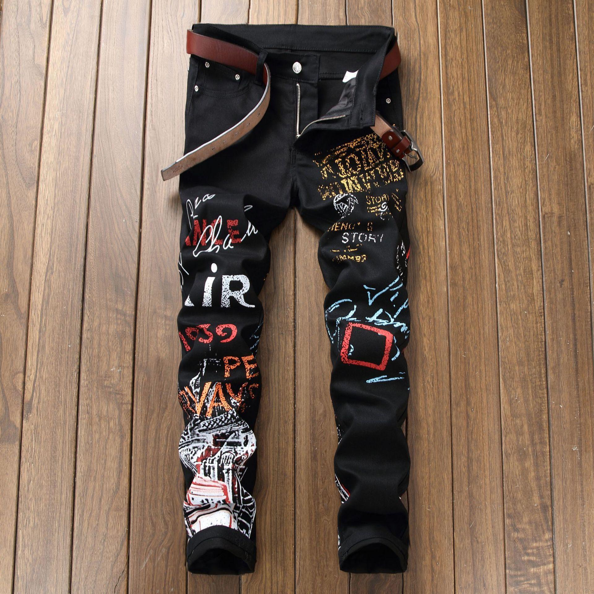 Mens Designer Jeans Marque De Mode Stretch Mince Droite Printemps Été Imprimé Jeans Hommes Marée Marque De Mode Long Pantalon Noir 28-42