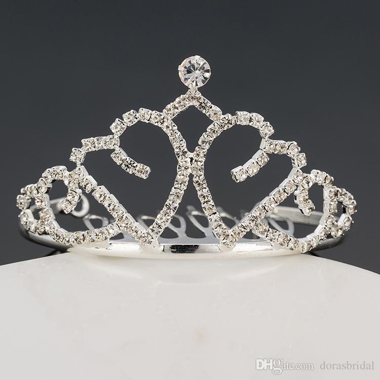 Девушки диадемы Wtih стразы кристаллы аксессуары для волос вечер выпускного вечера партии производительности театрализованное диадемы короны для маленьких девочек DB-T076