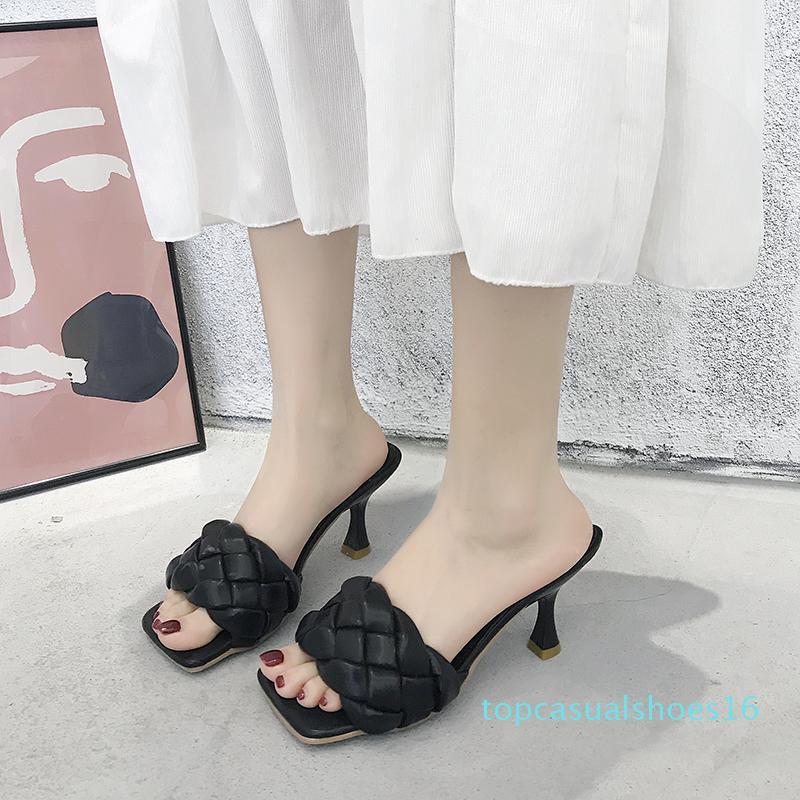 Scarpe Donna Pantofole estate delle donne di lusso Toe diapositive tacco Muli Piazza Thin Heels 2020 Designer Alta Roma PU gomma scarpe T16