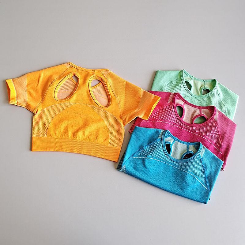 Спорт с коротким рукавом рубашки Женщины Tight дышащий Йога Фитнес-центр Одежда истощаться Lycra Йога Рубашка Вверх