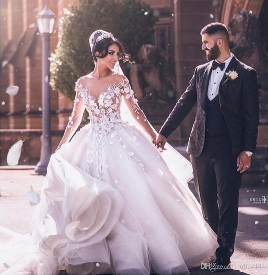 Vintage Plus Size robe de bal robes de mariée appliques 3D-Floral 2019 manches longues balayage train élégante robes de mariée sur mesure