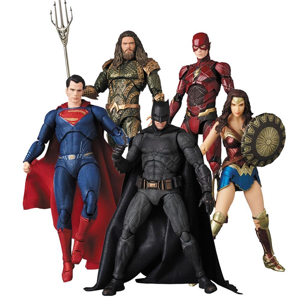 DC Justice League MAFEX Aquaman 061 لعبة فلاش Aquaman Wonder Woman باتمان سوبرمان لعبة عمل الشكل الدمية