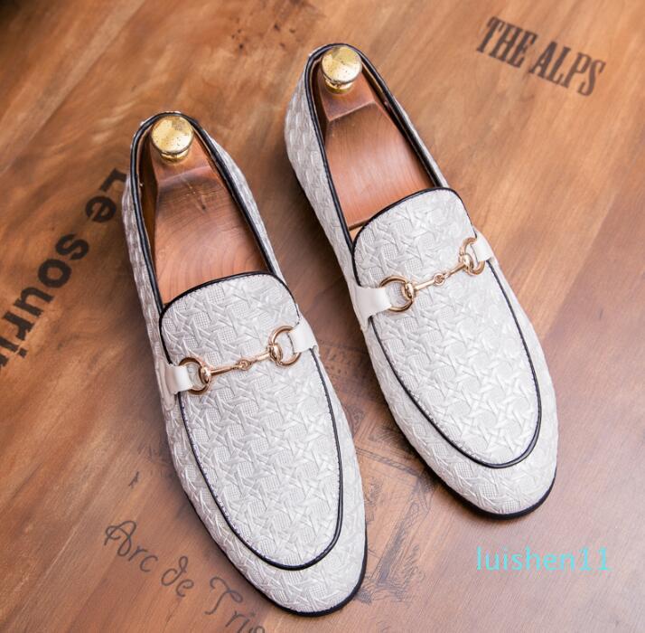 YENİ ayakkabı erkek makosenler stilist metal düğme ayakkabı tasarımcısı erkekler lüks makosenler 38-45 l11 coloursmens mens
