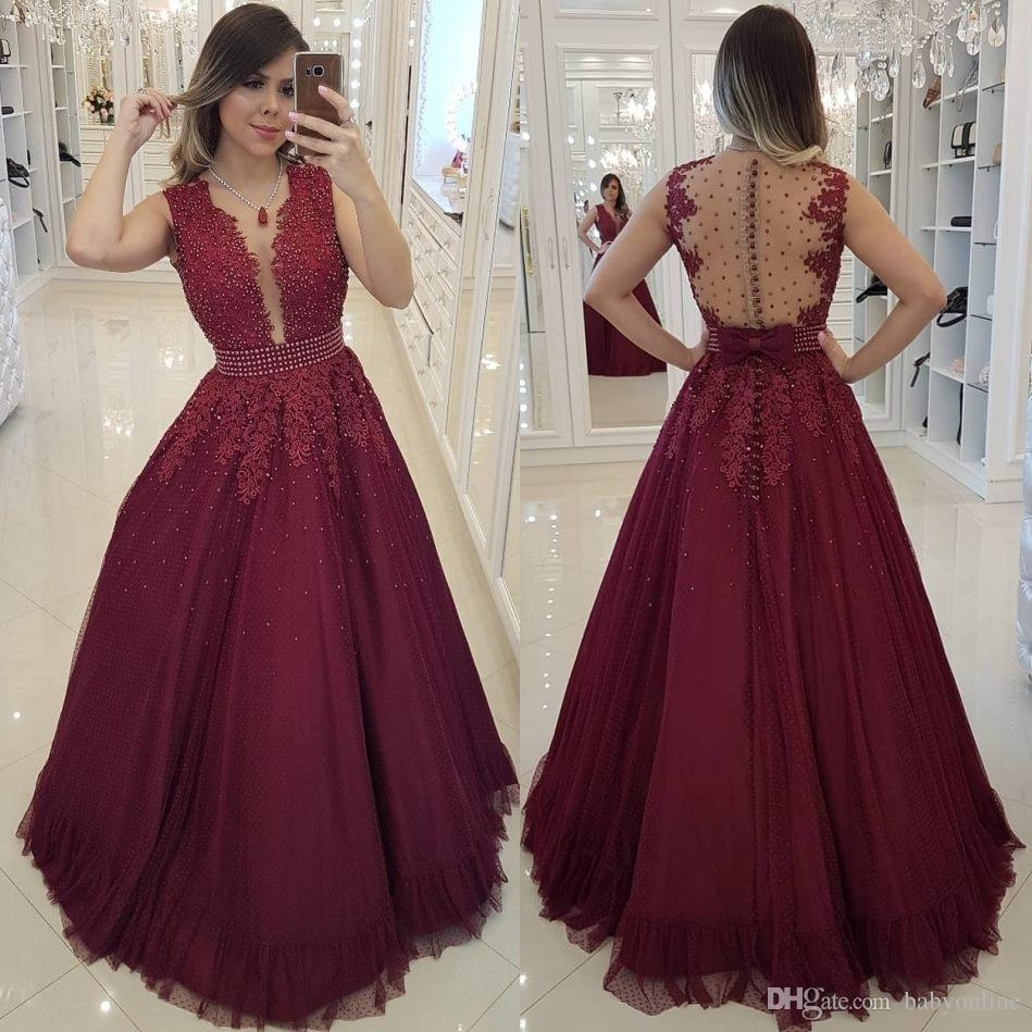 Elegant Burgundy A Line Prom Dresses Beaded Pearls Sheer Backless Appliques Covered Buttons Long Evening Gowns Formal Wear robes de soirée