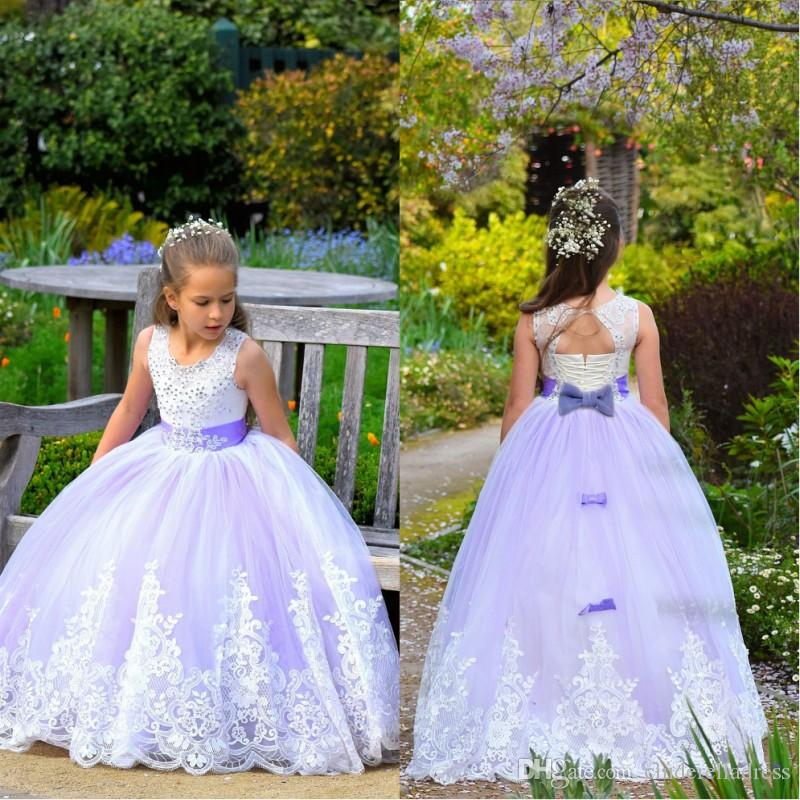 2020 Spring Princess Lavender Flower Girls Dresses Sleeveless Jewel Neck Lace Appliques Ball Gown Long Girls Pageant Kids Brithsday Gowns