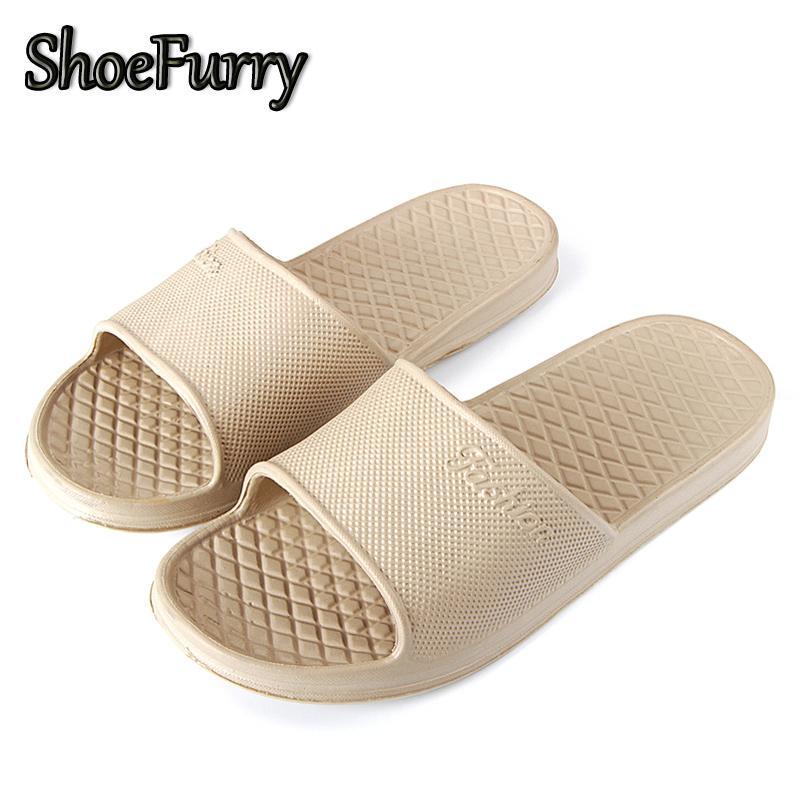 ShoeFurry Homens Sapatos Casuais Sandálias de Praia Antiderrapante Chinelos de Banho Chinelos Masculinos Sapatos Chinelos Em Casa 2019 Mens Sapatos de Verão
