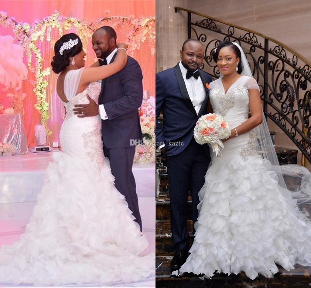 Rüschen Tieder Rock Mermaid Brautkleider 2019 Kristall Perlen Flügelärmeln V-Ausschnitt Afrikanische Plus Size Kirche Hochzeit Brautkleid