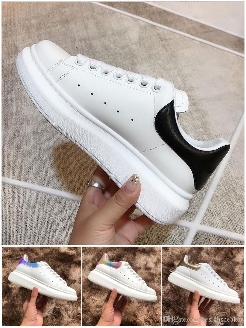 Kadınlar Erkekler Günlük Ayakkabılar Sneakers Moda Kadın Lüks Tasarımcı Sneakers Deri Süet Eğitmenler Yürüyüş Elbise Ayakkabı Levha-forme Chaussures