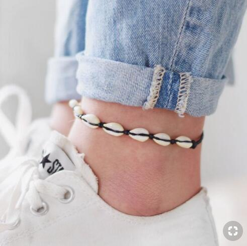 Cavigliera conchiglia della Boemia per le donne Ragazze Catene fatte a mano in corda nera Corda da spiaggia estiva Bracciale alla caviglia su gamba Regalo da uomo Boho gioielli