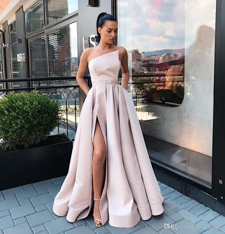 Champagne Satin Prom Dresses 2020 A-Line Sexy High Slit Evening Party Dress Maxys Long Prom Gowns with Pockets Robe De Soiree Formal Dresses
