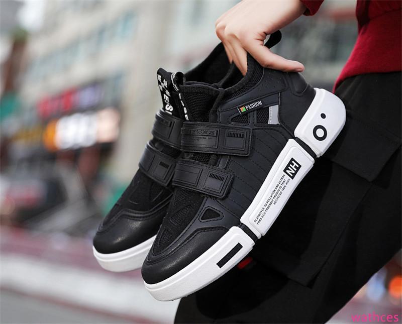 2019 Hot Venda Moda Designer Shoes Triple S sapatilhas frescas Sole costura selvagem Sneakers três cores homens correndo sapatos ao ar livre