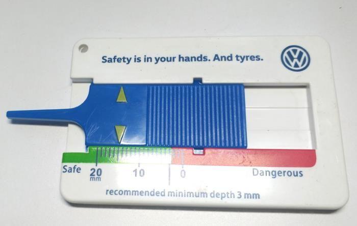 Plástica del neumático patrón regla de profundidad 0-20mm