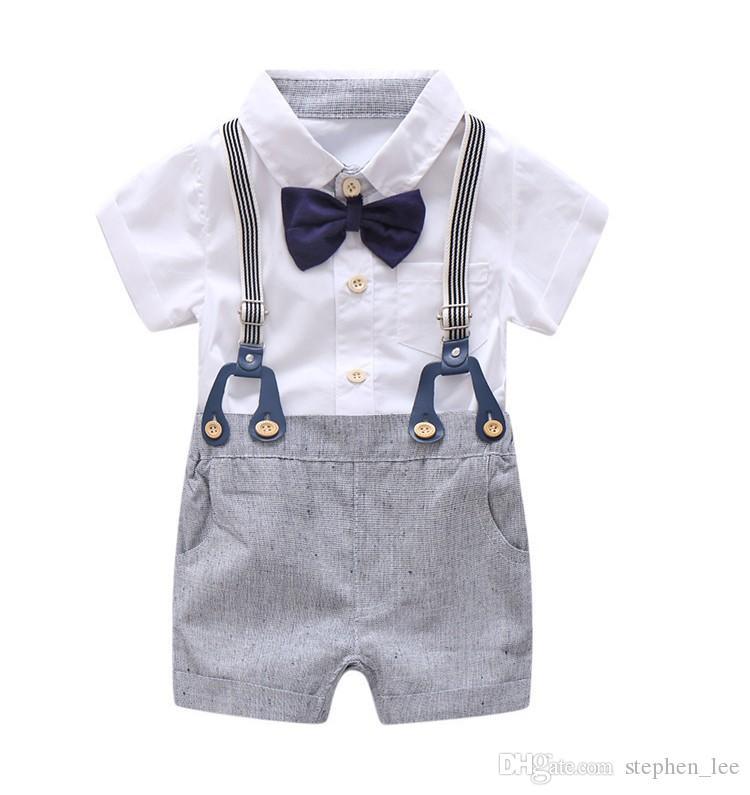 2019 New Baby Boys Gentleman définit des vêtements formels nouveau-nés Ensemble de costume global Chemise Rompe + Shorts de suspension + Bowtie 3pcs Set Enddler Tenues