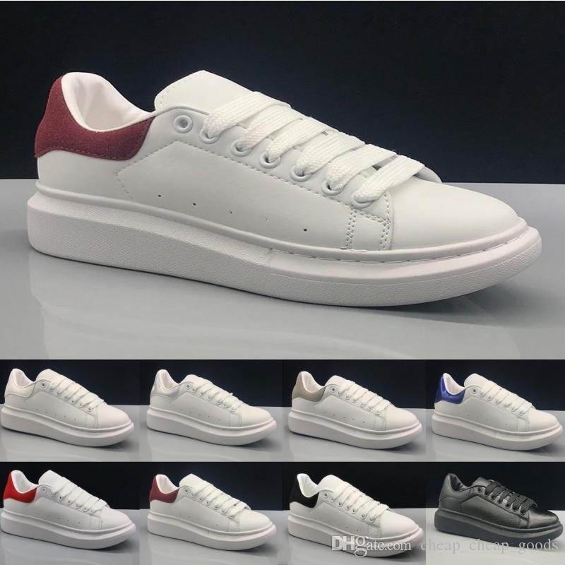 Zapatos casuales de diseñador calientes Blanco Negro Oro Rojo Hombres Mujeres Zapato de cuero Moda Plataforma clásica Entrenador de fiesta Zapatillas deportivas