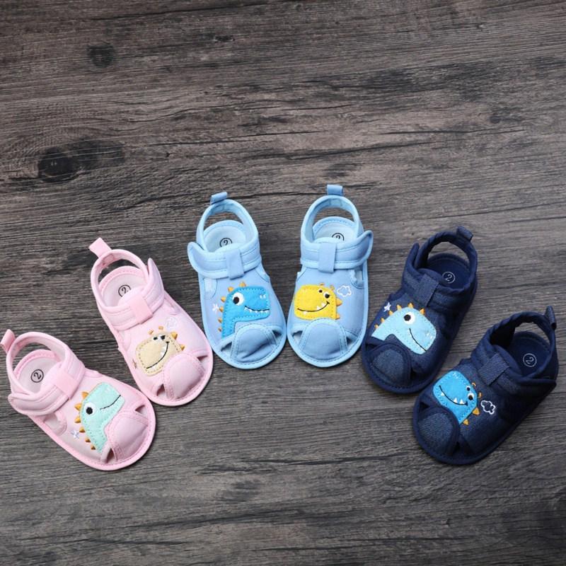 2020 New Vendas Verão Meninos Meninas Animal Print respirável antiderrapante Sandálias da criança macia Soled Praia Sapatos