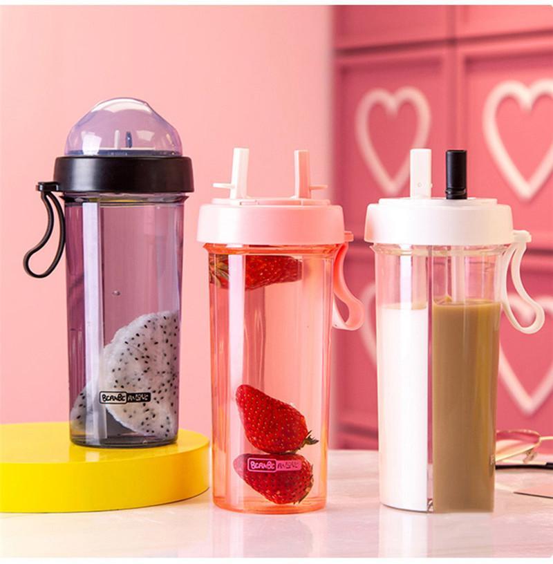 زجاجات مزدوجة الأزواج سترو مياه الشرب زجاجة مياه بنين بنات المحمولة الرياضة البلاستيك زجاجة مياه BPA الحرة 600ML