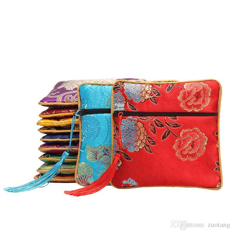 Luxe Tassel Sacs Zipper Petit cadeau pour bijoux d'emballage Porte-monnaie brocart de soie Pochette de fête d'anniversaire chinois Faveur Sacs 50pcs / lot