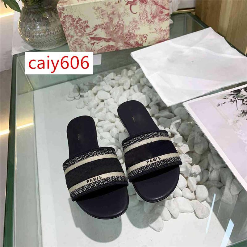 Mode Dazzle Fleurs femmes Designer chaussons à fond plat broderie Sandal Floral Brocade rayé sandales de plage causales