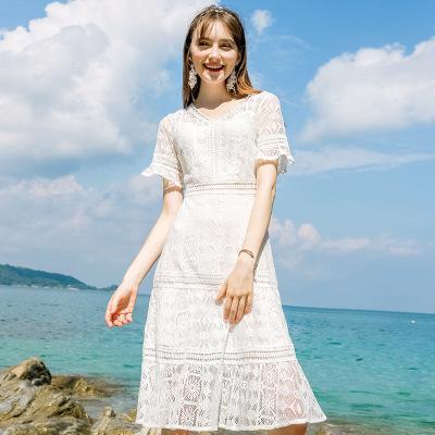 Женщина дизайнер роскошной одежды бренд женский темперамент V-образным вырезом сплошной цвет трапециевидной юбки шикарная леди кружевное платье 2020 лето новый модный тренд