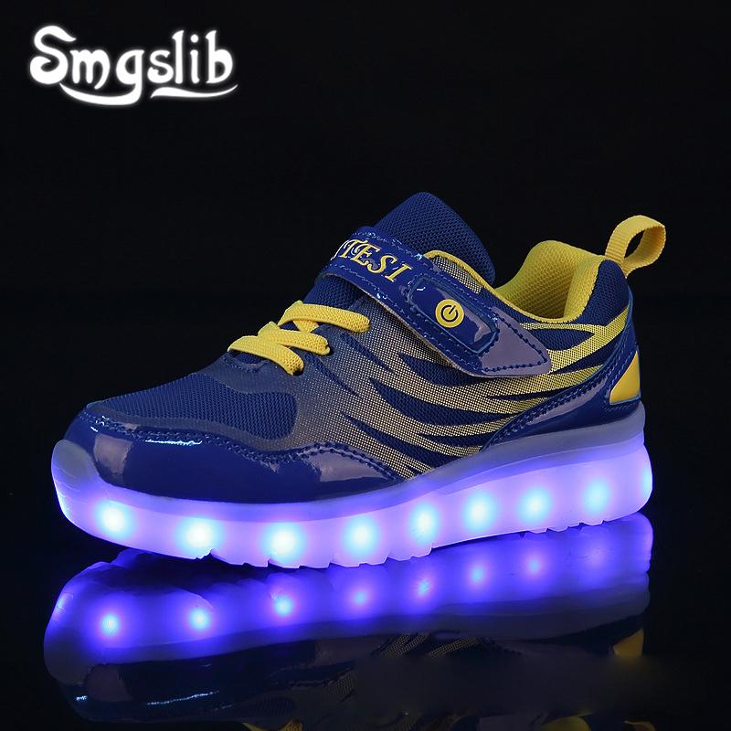 2019 New Kids USB Luminous Sneakers Glowing Children Lights Up Shoes With Led