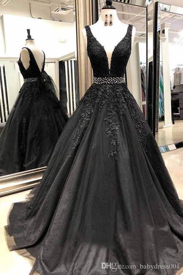 Black Long Prom Dresses 2020 Beading V-Neck Ball Gown crystal backless Appliques Lace Saudi Arabic Evening Dress Gown abiye gece elbisesi