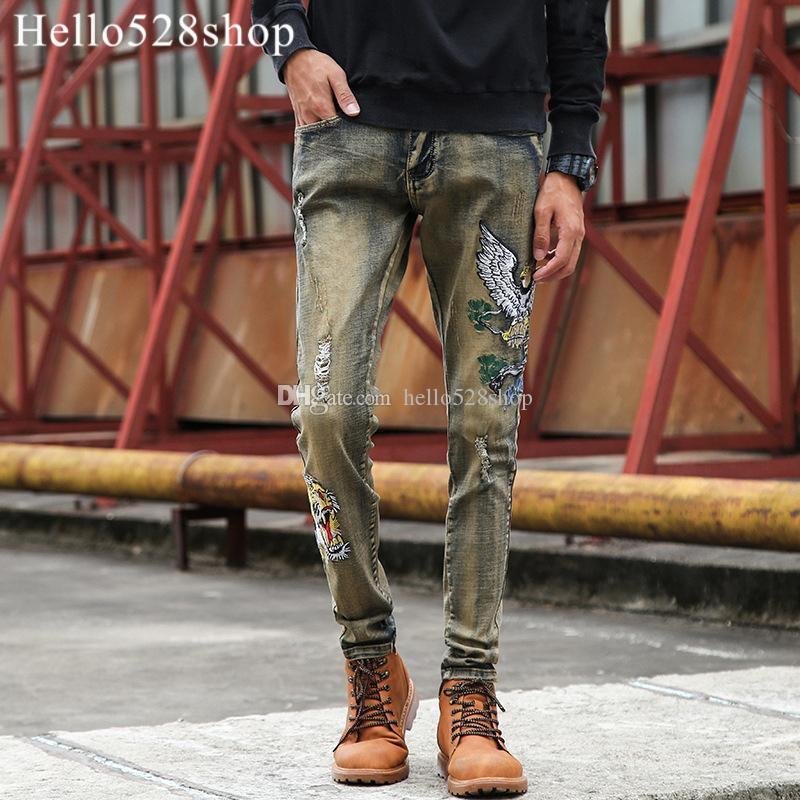 Hello528shop Men's Retro Tiger Head Patch Personalized Embroidery Pants Shredded Designer Jeans for Man Slim Fit