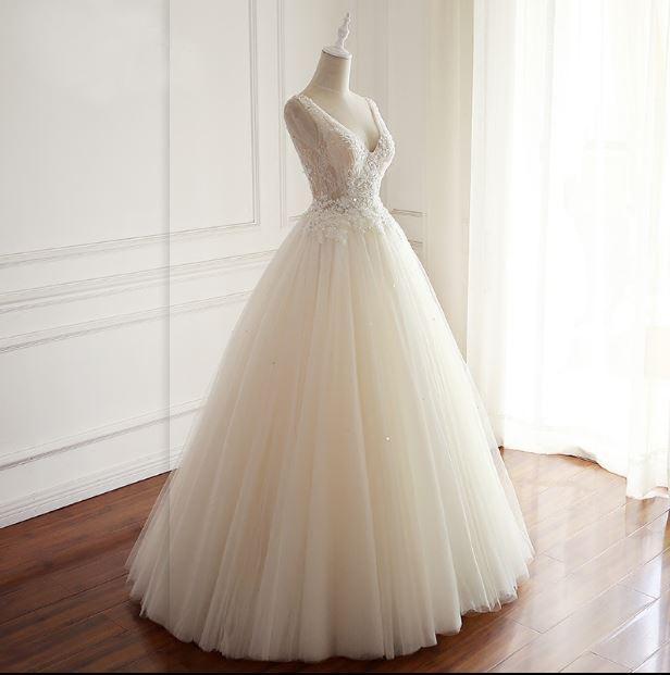 Delicate V-Neck casamento branco bonito Vestidos Lace apliques Beading princesa casamento Vestidos Andar Vestidos Comprimento do Destino