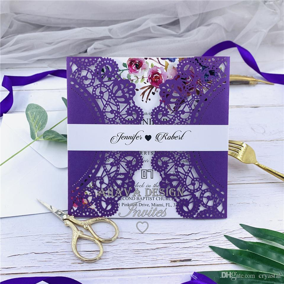 Lindo Laço Roxo A Laser Cut Floral Casamento Convidar Com Banda Barriga E Envelopes Combinados, Dobrado Convites