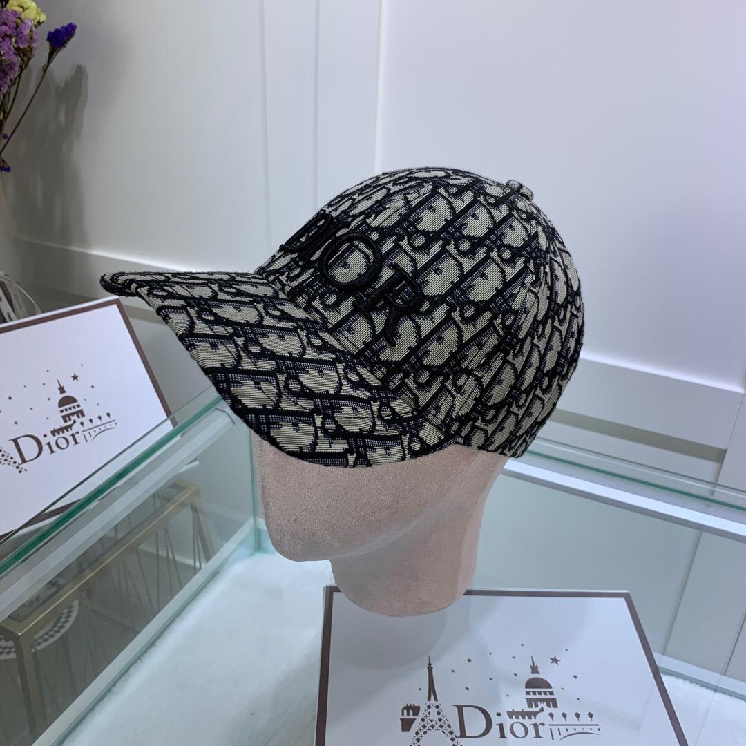 قبعات 2020 Designercaps رخيصة الساخن بيع Brandcaps الرجال النساء القطن خمر عارضة BrandCaps في الهواء الطلق ممارسة الرياضة سائق الشاحنة قبعات ه ه 20022032Y