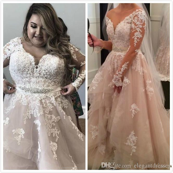Crystals Lace 2020 Arabisch plus size Brautkleider V-Ausschnitt mit langen Ärmeln Tiers Brautkleider Vintage sexy Brautkleider vestido de noiva