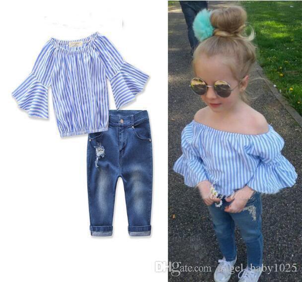 2019 neue Kleidung Explosion Kinder Modelle Europa und den Vereinigten Staaten wickeln Mädchen Wortschulterstreifen Trumpet Shirt + Jeans Ärmel