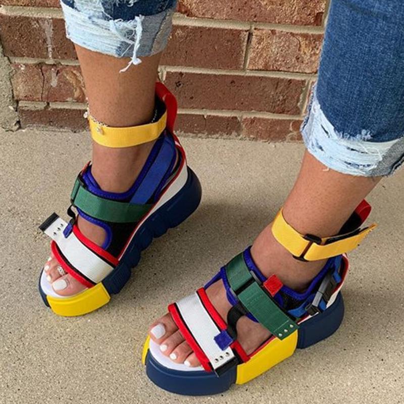 Zapatos de plataforma abierta plataforma del dedo del pie colorido del bloque del color mujeres de las sandalias de moda de verano 2020 casual al aire libre Beach 4 colores