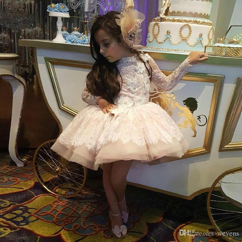 Vestido de las muchachas de la flor para los apliques de encaje de la boda Manga larga floral 3D Falda hinchada Vestido del desfile de la niña con gradas para las ventas